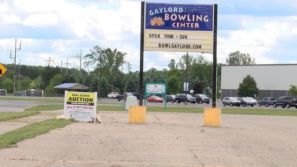 Party Gaylord Bowling Alley Gaylord Mi The Landing Zone