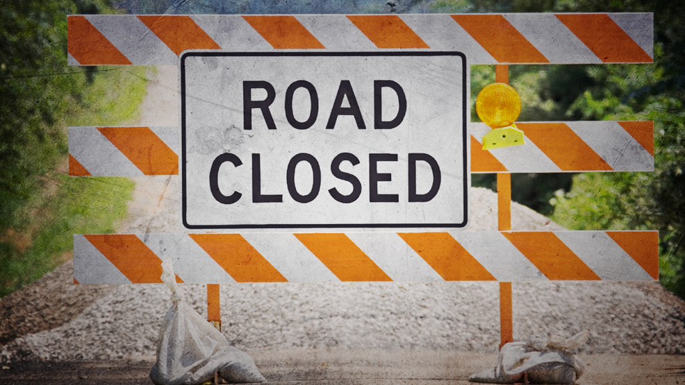 Section of I-75 closed in Cheboygan County due to accident